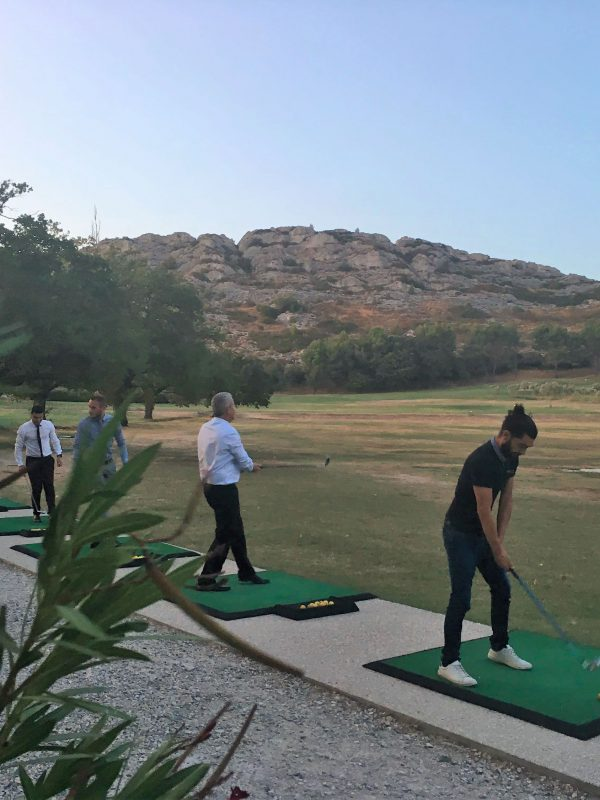 Teambuilding-en-Provence,-Golf-de-Servanes