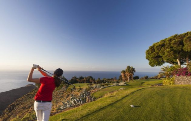 Servanes golf course and all Open Golf Club golfs remain open !